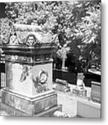 Mary And John Tyler Memorial Near Infrared Black And White Metal Print