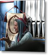 Maryland Renaissance Festival - A Fool Named O - 12127 Metal Print by DC Photographer