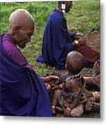 Massai Women And Child - Tanzania Metal Print by Craig Lovell