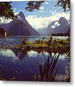 Milford Sound In New Zealand's Fiordland National Park Metal Print