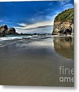 Mirror In The Sand Metal Print