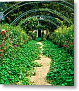Monet's Gardens At Giverny Metal Print