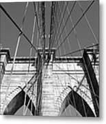 Monochromatic View Of Brooklyn Bridge Metal Print