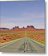 Monument Valley - The Classic View Metal Print
