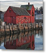 Motifs Long Reflection Metal Print