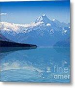 Mount Cook Reflecting In Lake Pukaki Metal Print