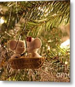 Mousie Love In A Tree Metal Print