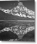 1m3641-bw-mt. Chephren Reflect  Metal Print