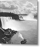 Niagara Falls Maid Of The Mist Metal Print