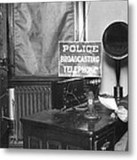 Nypd Radio Station, Wlaw Metal Print
