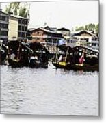 Oil Painting - Multiple Families Relaxing In Multiple Shikaras In The Dal Lake Metal Print