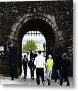 Oil Painting - Staff And Tourists At The Entrance Of Stirling Castle Metal Print