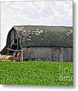 Old Barn And Round Bales Metal Print