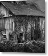 Old Barn Metal Print by Bill Wakeley