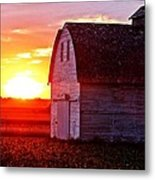 Old Barn Sunset Metal Print