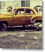 Old Car/cat Metal Print