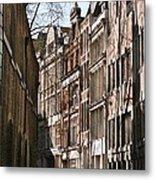 Old City Street Scene In London Metal Print