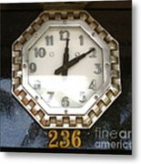 Old Decco Store Clock At 236 Worth Ave Palm Beach Fl Metal Print