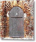Old Doorway Of Pidgeon Island Fort Metal Print