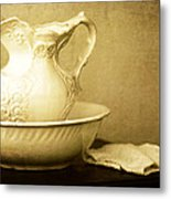 Old Fashioned Pitcher And Basin Metal Print