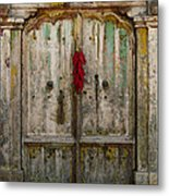Old Ristra Door Metal Print by Kurt Van Wagner
