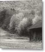 Old Tobacco Barn In Black And White Metal Print
