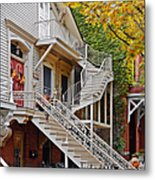Old Town Chicago Living Metal Print