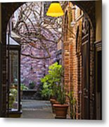 Old Town Courtyard In Victoria British Columbia Metal Print