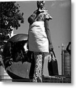 On The Steps Of The U N  -  Mother And Child Metal Print