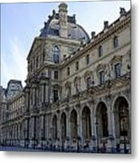 Ornate Architectural Artwork On The Buildings Of The Musee Du Louvre In Paris France Metal Print