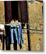 Out To Dry In San Gimigniano Tuscany Metal Print