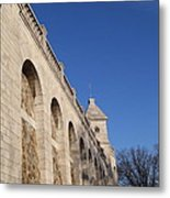 Outside The Basilica Of The Sacred Heart Of Paris - Sacre Coeur - Paris France - 01132 Metal Print by DC Photographer
