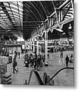 Paddington Station Bw Metal Print