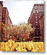 Park Avenue In The Spring  Metal Print