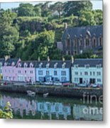 Pastel Rowhome In The Bay Highlands Scotland Metal Print