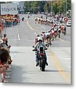 Peloton Snaking Through St Louis Metal Print