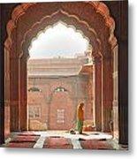 Praying At The Jama Masjid Mosque - Old Delhi Metal Print