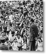 President Nixon Speaking To 2 000 Metal Print