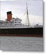 Queen Mary Ocean Liner Starboard Side 05 Long Beach Ca Metal Print