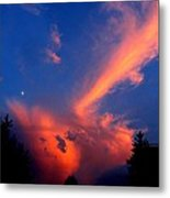 Red Clouds In The Evening Metal Print