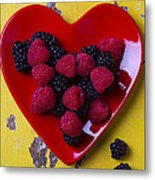 Red Heart Dish And Raspberries Metal Print