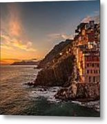 Riomaggiore Rolling Waves Metal Print by Mike Reid