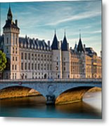River Seine With Conciergerie Metal Print