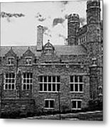 Rockefeller Hall - Bryn Mawr In Black And White Metal Print