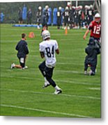 Rookie Receiver In The Rain Metal Print