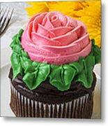 Rose Cupcake Metal Print