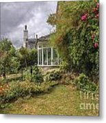 Rose Garden Near Cottage In England Metal Print
