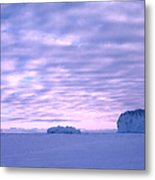 Ross-iceshelf-g.punt-2 Metal Print