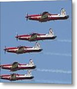 Roulettes In Tight Formation Metal Print