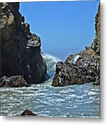 Rushing Wave - Big Sur Metal Print